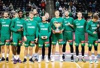 Kauno komanda buvo apdovanota (BNS nuotr.)