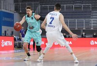 "T.J.Cline'as sudomino ""Maccabi"" (Euroleague.net)"