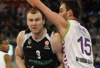 A.Parachovskis praėjusį sezoną Eurolygoje žaidė galingai (Scanpix nuotr.)
