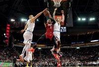 R.Westbrookas buvo rezultatyviausias mačo žaidėjas (Scanpix nuotr.)