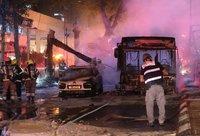 Tel Avive susprogdintas autobusas (Scanpix nuotr.)