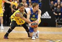 N.Woltersas paliko Tel Avivo ekipą (Scanpix nuotr.)