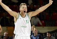 Š.Jasikevičius mače su latviais pataikė esminius baudų metimus (FIBA Europe nuotr.)