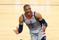R.Westbrookas trigubu dubliu pergalės nenukalė (Scanpix nuotr.)