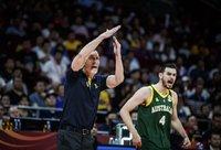 A.Lemanis palieka postą (FIBA nuotr.)