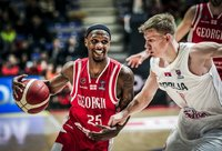 T.McFaddenas tapo tikru galvos skausmu serbų gynybai (FIBA Europe nuotr.)