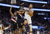 S.Curry sumetė 41 tašką (Scanpix nuotr.)