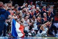 Prancūzijos rinktinė džiaugiasi bronza (FIBA nuotr.)