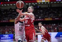A.Wačynskis vyksta namo (FIBA nuotr.)