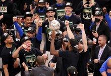 "NBA atkrintamosios: ""Bucks"" –..."