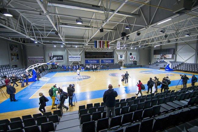 Prienų arena