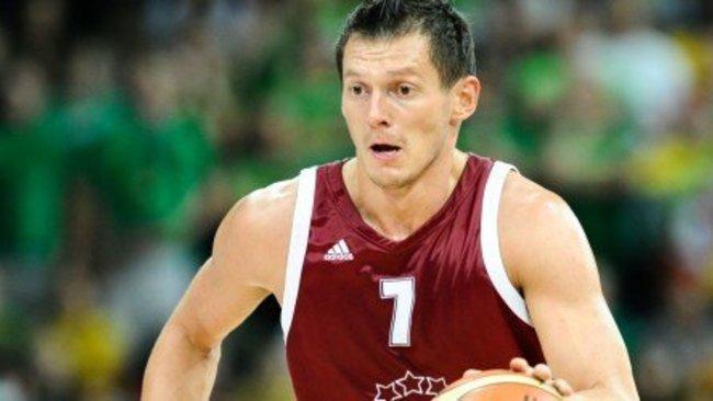 J.Blumas vėl užsivilks Latvijos rinktinės marškinėlius (Fotodiena.lt)