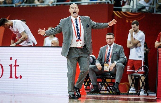 M.Tayloras dėkojo auklėtiniams (FIBA nuotr.)