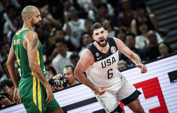 JAV ketvirtfinalyje susitiks su Prancūzija (FIBA nuotr.)