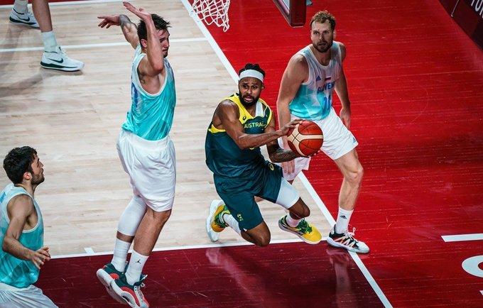 Kova dėl bronzos prikaustė didelę auditoriją (FIBA nuotr.)