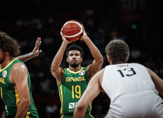 L.Barbosa įveikė ligą (FIBA nuotr.)