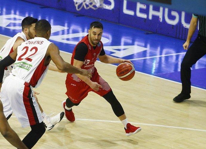M.Popovičius sulaukė sentimentalaus pagerbimo (FIBA Europe nuotr.)