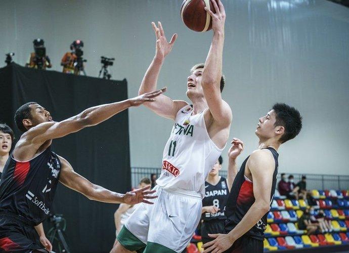 Irano talentai bandys stabdyti Ą.Tubelį (FIBA nuotr.)