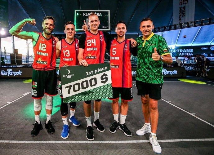 Turnyrą laimėjo Šakių komanda (Gintaro Šiupario nuotr.)
