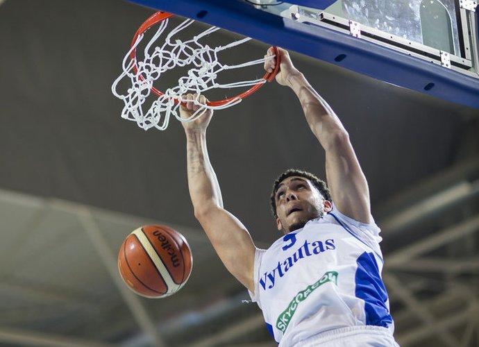 LiAngelo Ballas įmetė 20 taškų (www.kavolelis.lt)