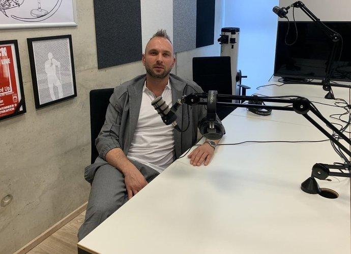 """J.Vainauskas apsilankė podcaste """"Iš eilutės"""" (Krepsinis.net nuotr.)"""