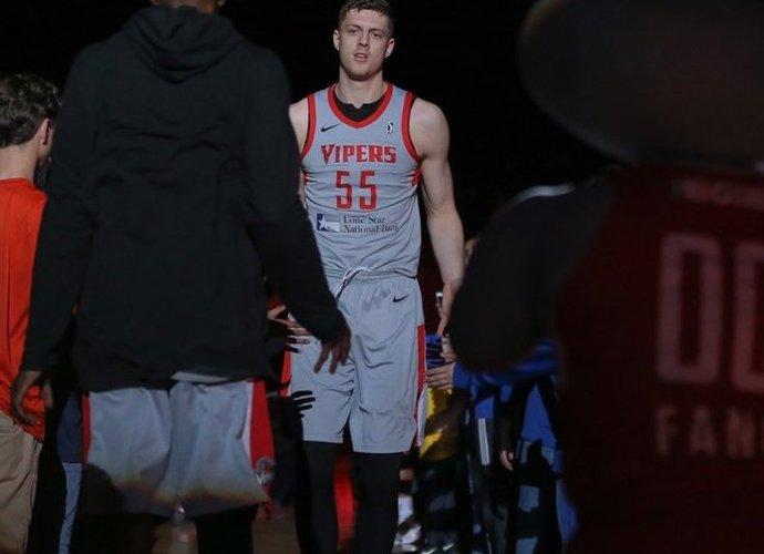 I.Hartensteinas keliasi į NBA