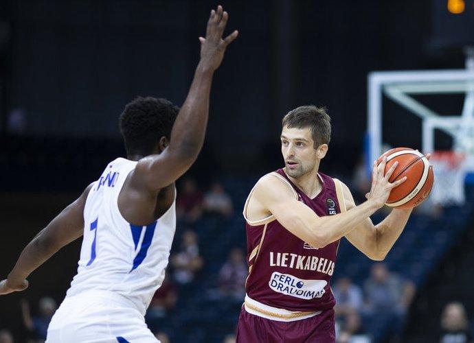 E.Ežerskis sezoną baigs NKL klube (www.kavolelis.lt)
