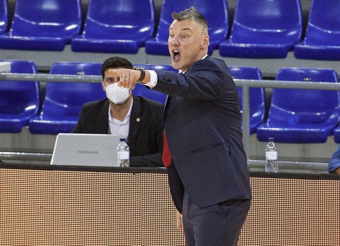 Š.Jasikevičius turėjo progą apšaukti auklėtinius (Scanpix nuotr.)