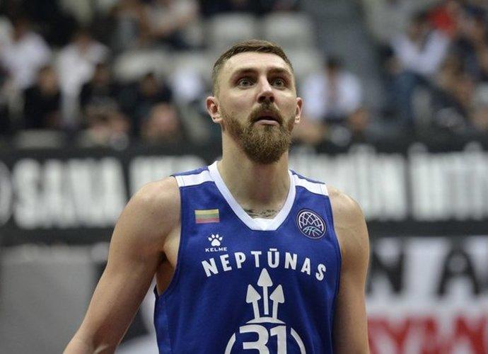 """D.Gailius buvo solidžiausias """"Neptūno"""" žaidėjas (FIBA Europe nuotr.)"""
