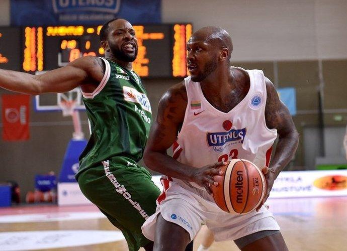 L.Dendy palieka Uteną (FIBA Europe nuotr.)