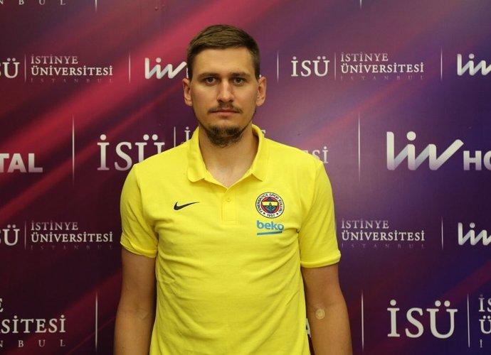 E.Ulanovas nuvyko į Stambulą
