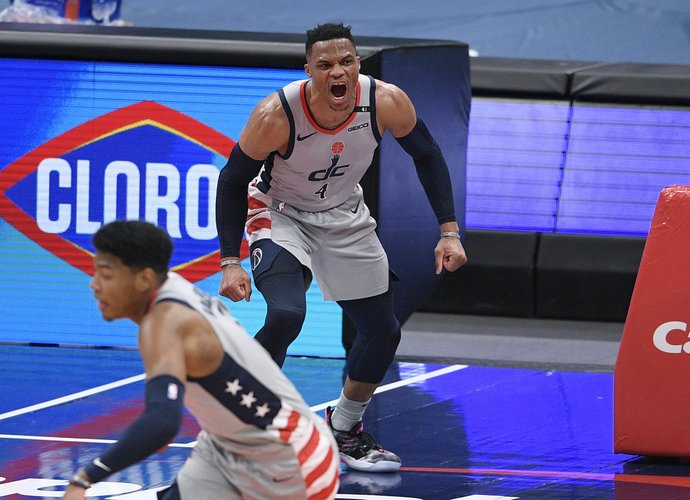 R.Westbrookas vėl surinko trigubą dublį (Scanpix nuotr.)