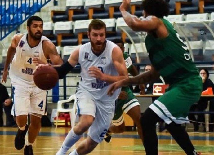 D.Redikas toliau žais Kipre
