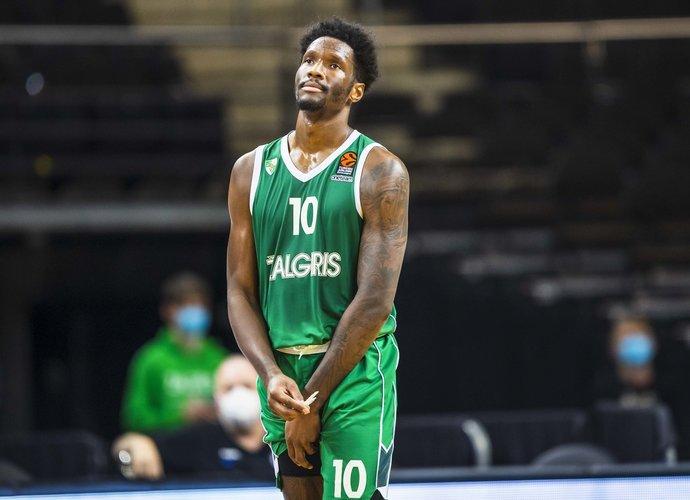 N.Hayesas gali žaisti NBA (BNS nuotr.)