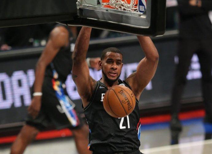"L.Aldridge'as grįžta į ""Nets"" (Scanpix nuotr.)"