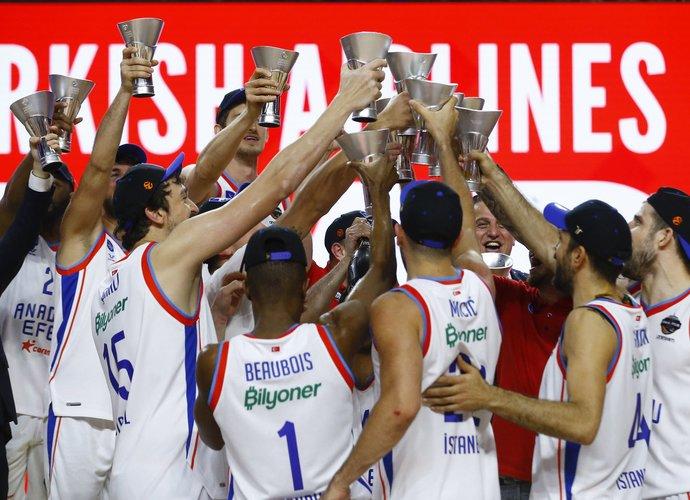 """""""Anadolu Efes"""" tapo Eurolygos čempione (Scanpix nuotr.)"""