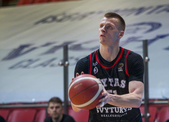 A.Butkevičius išbandė komandos draugą (BNS nuotr.)