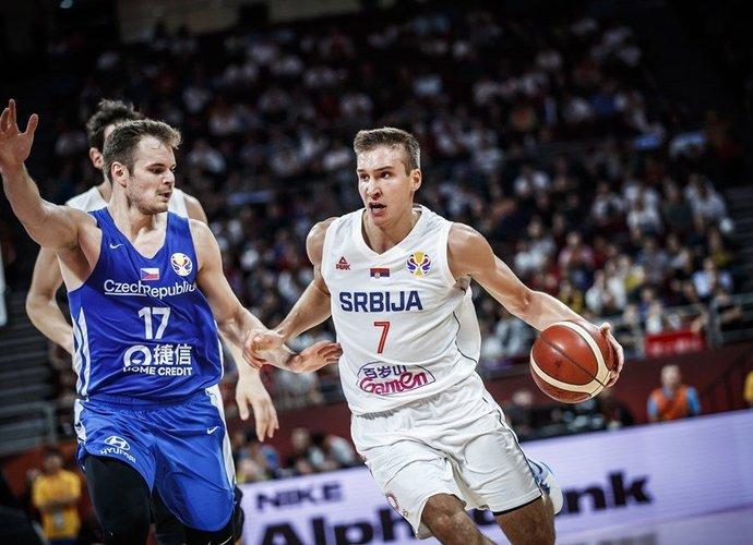 B.Bogdanovičius vėl pažėrė tritaškių krušą (FIBA nuotr.)