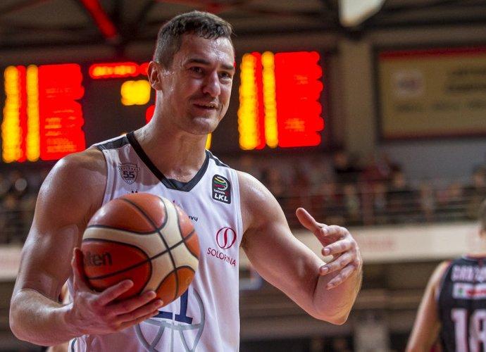 S.Galdikas išbandys save 3x3 krepšinyje (BNS nuotr.)