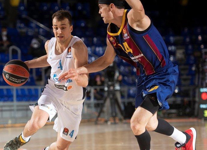K.Pangosas liks Sankt Peterburge (Euroleague.net)