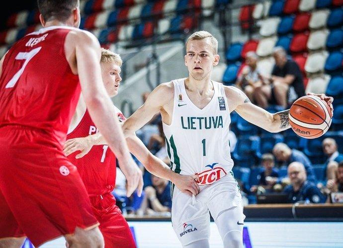 A.Velička naudingai žaidžia pirmajame mače (FIBA nuotr.)