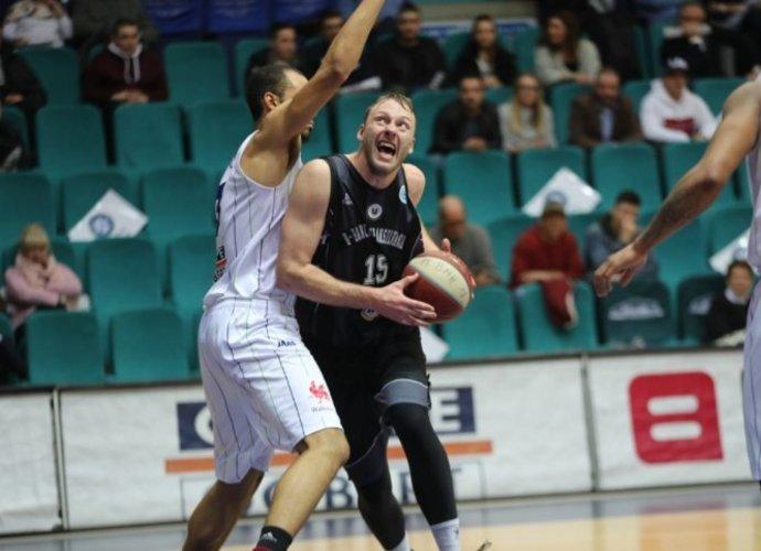 A.Drungilas rungtyniaus Estijos čempionate