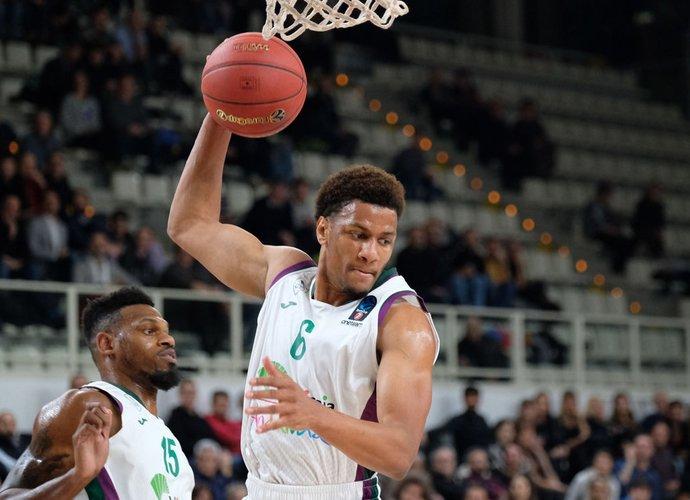 A.Toupane'as siekia sugrįžti į NBA (Scanpix nuotr.)