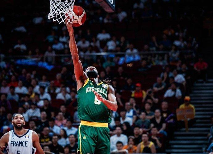 P.Millsas teigė, kad turėjo būti penketuke (FIBA nuotr.)