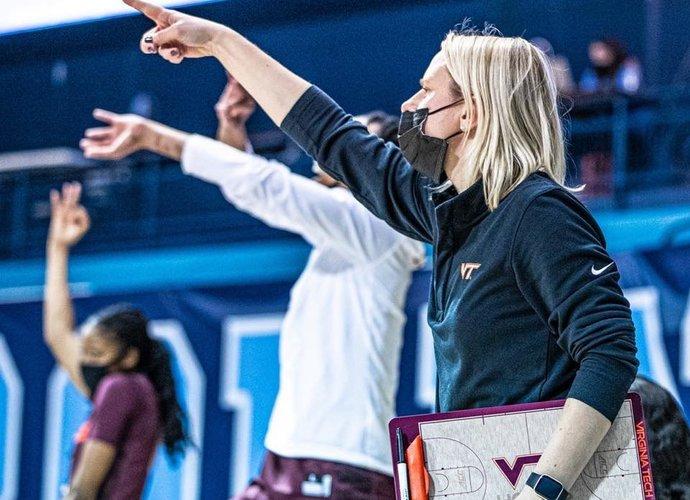 R.Autukaitė dirba NCAA komandoje