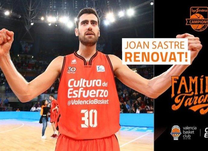 J.Sastre'as ilgam lieka Valensijoje