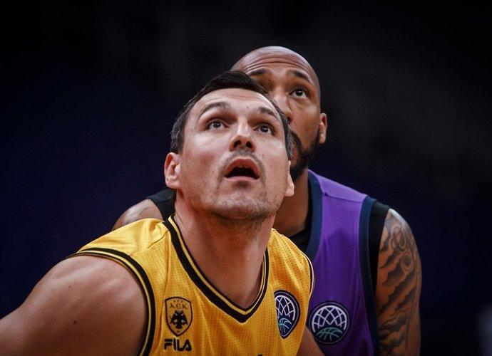 J.Mačiulis laidė tolimas bombas (FIBA nuotr.)
