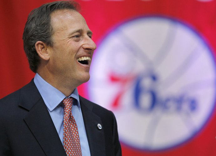 J.Harrisas bus lakmuso testu kitų NBA klubų savininkams (Scanpix nuotr.)