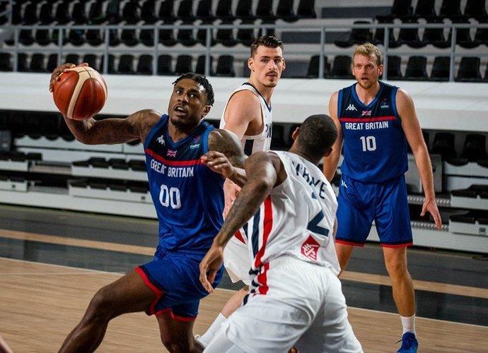 Britai nepaliko varžovams vilčių (FIBA Europe nuotr.)