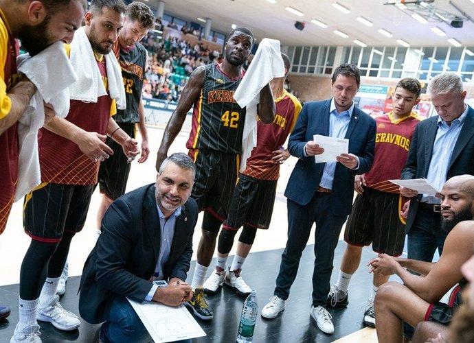 """""""Keravnos"""" bandys eliminuoti """"Lietkabelį"""" (FIBA nuotr.)"""